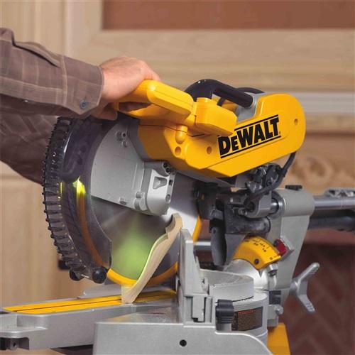 Dewalt-DWS780-Nest-Crown-Close
