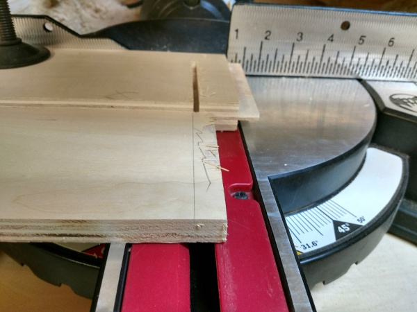 Miter-Rabbet-Cut-Step-1