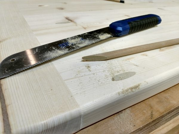 cut off dowel stock after gluing it in a pocket hole