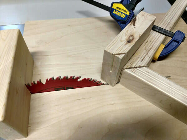 Blade block front point getting cut