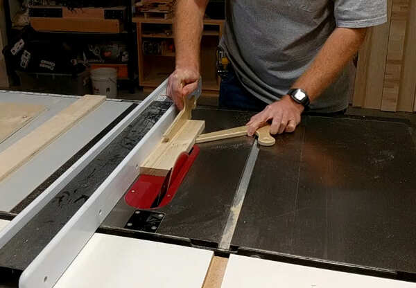 Using a push shoe for a small board on table saw