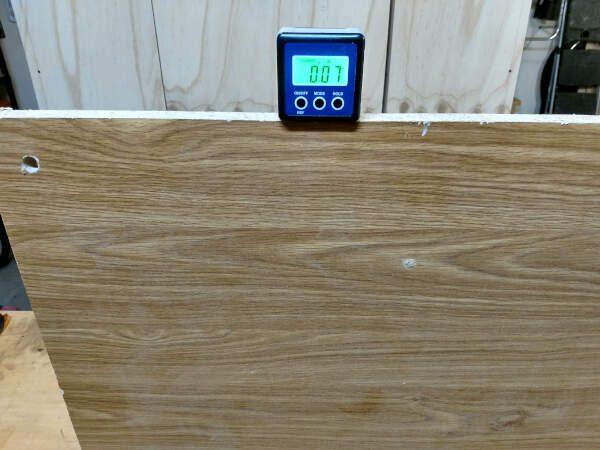 measuring angle of panel across grain