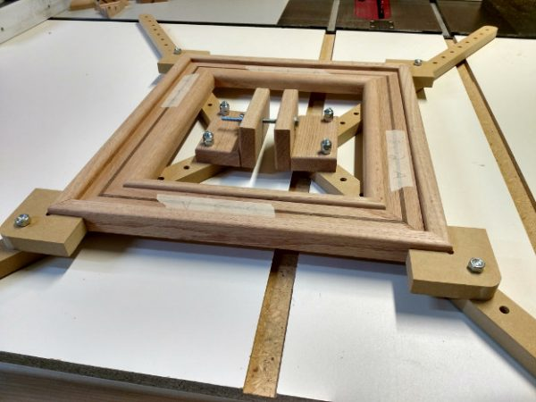 picture frame clamping jig