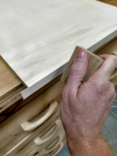 how to add veneer edge to cabinet shelf