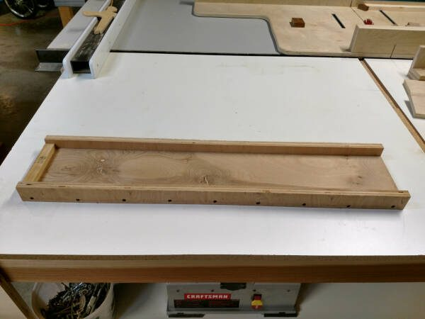 planing sled for squaring up rough cut lumber
