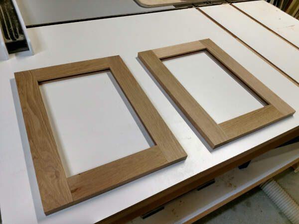 how to build cabinet door frames