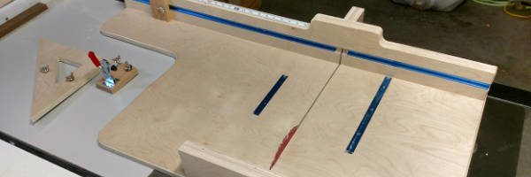 table saw cross cutting sled