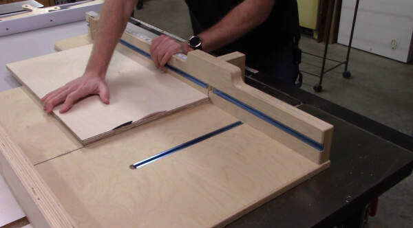 Putting square edge on plywood prepping for edge banding