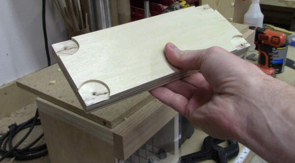 cut reliefs in the table saw insert