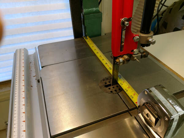 measuring band saw throat distance